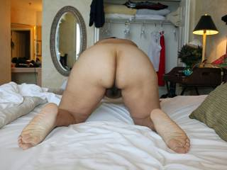 I do like your ass, I'd like to see it spread open.