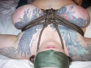 I gotta confess I am rather bad with ropes - but all the more I admire the work! :-) and your big inked babies look so great in it!!