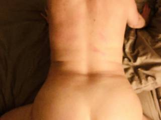 Start fucking feeling everi stroke , i want a load all over my ass !! Any volunteers?