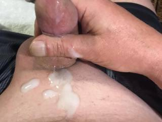 emptied a load after reading how men wanna fuck my wife....