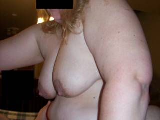 nice big tits and the rest of the body is grat to