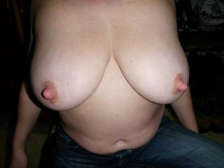 Who likes my big nipples? What do you want to do with them?