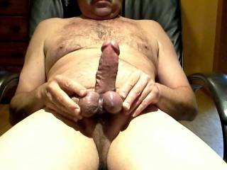 Playing around tying up my cock and balls! I'm rock hard and ready to explode!