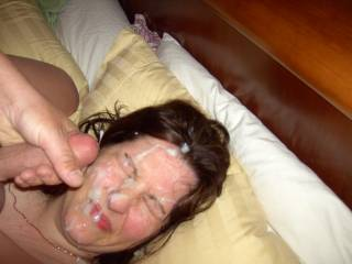 She loves a face full of cum