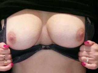 Who wants to fuck my titts..😛