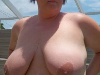 Beautiful tits. You do not see great juicy tits like these on a skinny girl. Yummy.