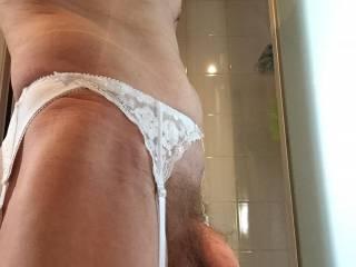 Damn!! That is just soooooo sexy.....love white lingerie!!  x