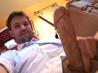 So sexy… and what a big hot cock