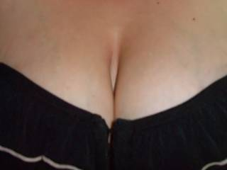 I can just imagine you wanking me off over your beautiful tits.A great pic.More of the same please.xx