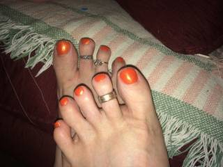 Hmmmm. Thinking I would suck on those toes!!!