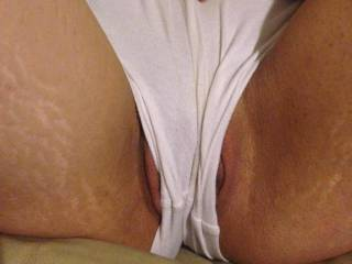 my pussy is so meaty i cant keep it IN my shorts