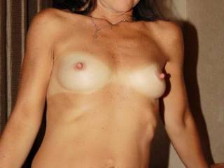 Maria showing her titts