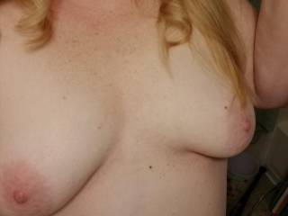 Perky and firm tits waiting for a tongue