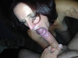 mmmm delicious looking cock! would you enjoy sharing licking and sucking that with me ? mmmmm