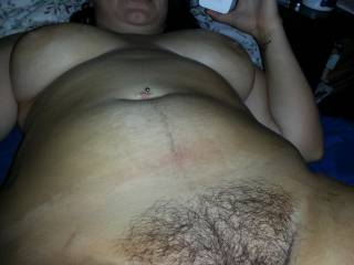 Full nude shot of a pretty lady. So thick! So juicy!
