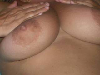 Very nice boobs, I sure would love to suck and lick those titties and nips