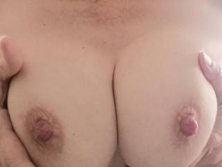 Who wants to squeeze their cock through my tits?
