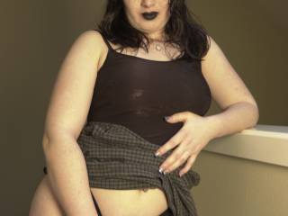One of my all time favorite fuck buddies. She loved posing for pics, fooling around, fisting, and toys. Plus she was a squirter!
