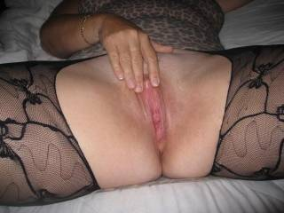 Who wants to suck on my hard clit and juicy pussy?