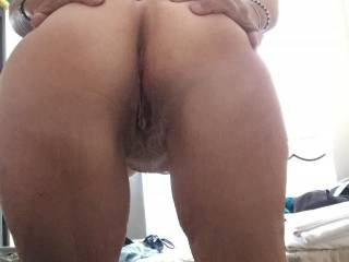 Maggy\'s sexy bum and hungry pussy