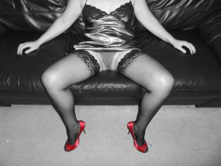 My husband loves your shoes and I adore the pic!! xxx  PS Love shoes also!! xxx