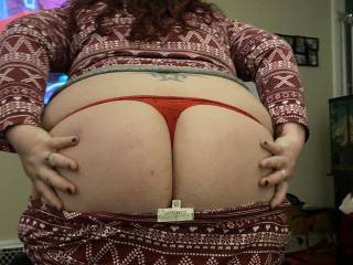 Sexy Sarah showing off her sweet ass in a nice red thong