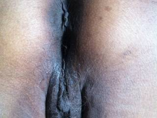 Beautiful cunt, just the right amount of fur...nice meaty lips...and look at her rectum...so inviting!