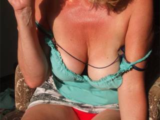 mmmm.....love the wine and the hot sun on my sexy body, ready to have a good fuck!