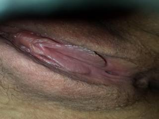 girl i would suck that pussy till your forehead caved in then fuck the shit out of you just to get your head right.lol love your clit and pussy lips