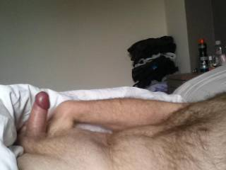 I would love to you hot hairy stud... I would make that sexy body of yours feel so good