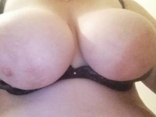 Just a quick selfie...  Some one cum on them and post it!