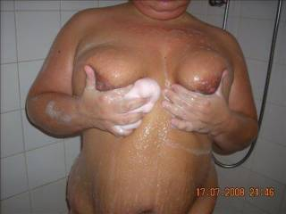 hope this pic ok for you all lol getting nice and clean mmmm so i can get dirty