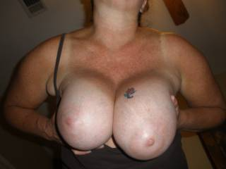 Omg gorgeous titties love to lick suck squeeze all day long beautiful