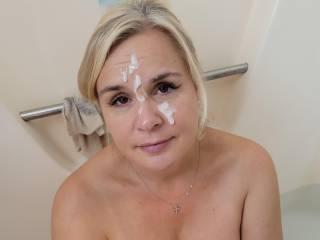 Facial in tub