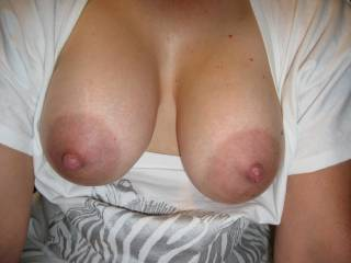 Inviting you to take a pic of your hard cock shooting cum all over my big areola tits!