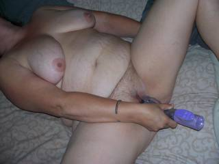 would of liked to be sucking her sexy big tits and teaseing her mouth with my cock rubbing it over her face mmmmm
