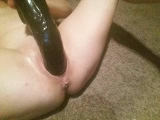 I love how my black dildo bubba stretches out my pussy I love to see it gape.