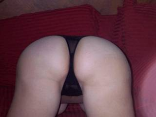 i love the hot thong on your gorgeous ass mmmmmmmmmm would love to lick every inch of you