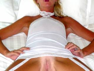 mmm I would love to get you all wet with my tongue and slide majmunyshot's fat cock in there  and taste your juices on his shaft yummmy.