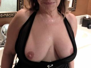 mmmm... sooo sexy!  You are such a beautiful lady!  WOW!  We'd love to cum play with you ANY time sexy!!!  xoxoxo