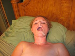 that looks so sexy! want to cum in your open mouth like this too!