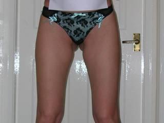 mmmmmmmmmmmmmm hello and welcum hope to see many mor hot pics of your gorgeous body