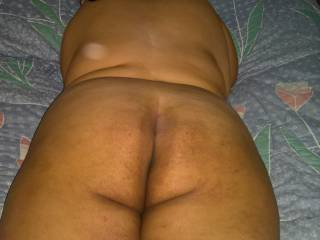 My girlfriends big ass right before I\'m about to fuck it.... she loves a hard cock in her ass :)