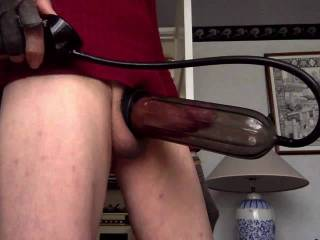 short pumping session with happy ending finish