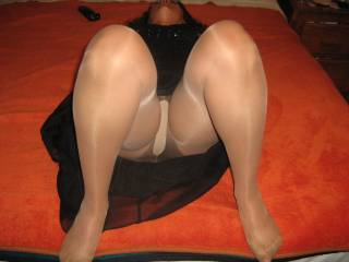 lovely pantyhose covered legs, would love to see more like that!
