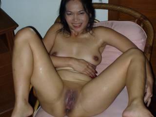 Full body shot of Oi, the sexy girl I had last night