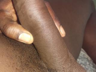 Am so horny for a wet pussy