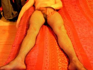 I try on wifes pantyhose.......
