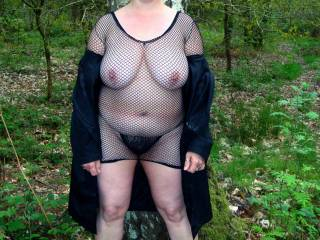 Such a horny pic fantastic tits would love to see you in woods near us