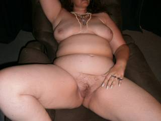 Dam you are so built like my hot wife lady friend Betty big ass, big tits, big thick sexy legs I bet your pussy is so wet and tight and squirts like hers too Mmmmmmmm What a beautiful sexy lady you are.